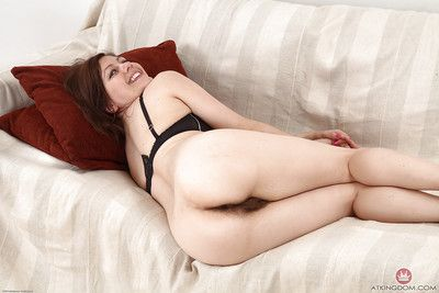 Experienced solo model Lacey slipping out of yoga pants to part hairy vagina