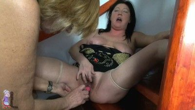Lovely granny and oma lesbian toying