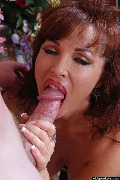 Mature Latina Beautiful Blowjob