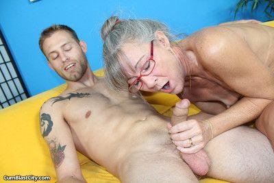 Matute slut lelani jerking off big cock