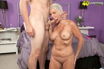 Blonde mature goes from the courtroom to the porn room