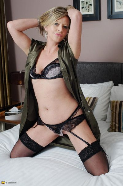 Blonde mature cougar showing her hot body