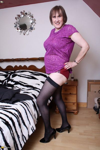 British naughty mature lady feeling horny