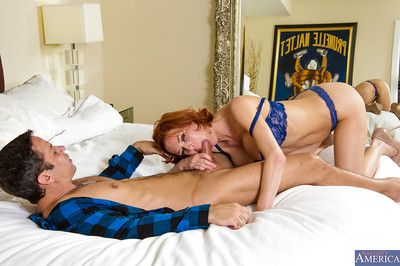 Big-boobed cougar Veronica Avluv prefers playing with young fellows