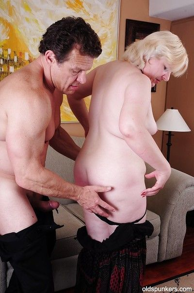 Fatty Granny Toni enjoys a BDSM action with her sexy lover