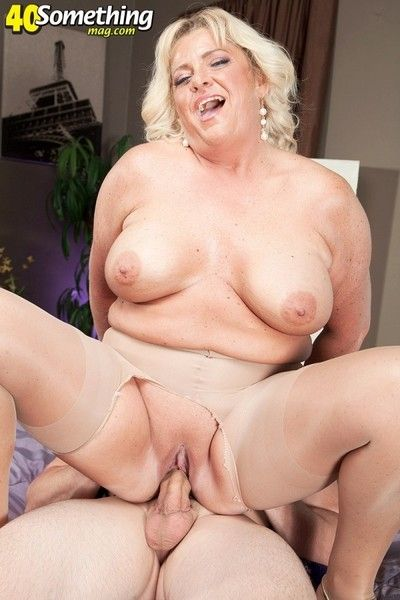 Mama mia monroe goes from amateur to hot old swinger