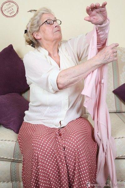 Curvy grandma