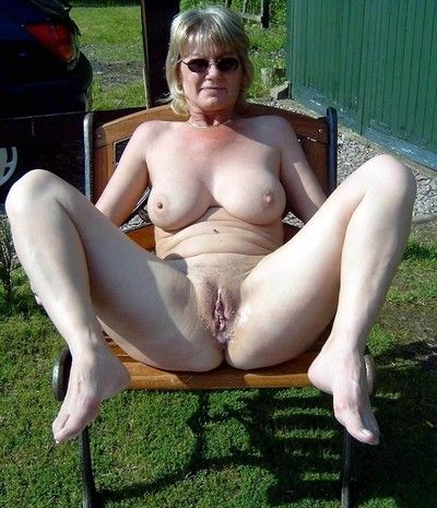 Amateur grannies with big boobs