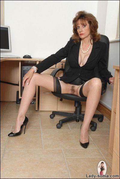 Office boss brunette milf lady sonia in nylons