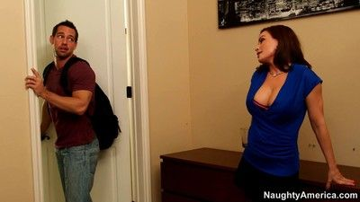 Busty milf diamond foxxx easily seducing a stud