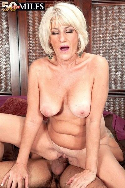 Horny 50 milf desire collins fucking younger cock
