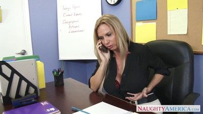 Stacked teacher brooke tyler knows how to motivate her students