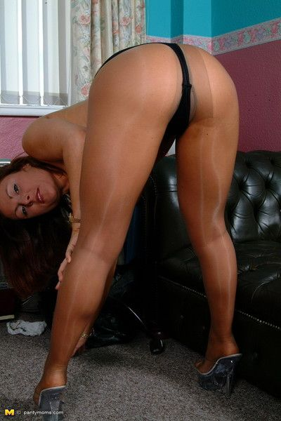 This milf is in very good shape