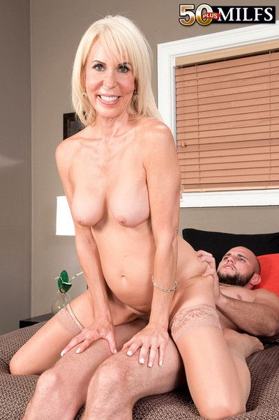 Erica lauren takes cock like a pro