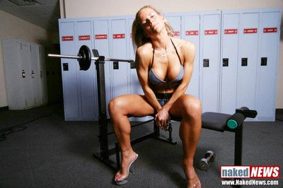 See this blonde fitness mom pose for us in the gym
