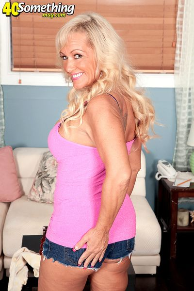 Barbi Does What Her Daughter Didn t Do...anal!
