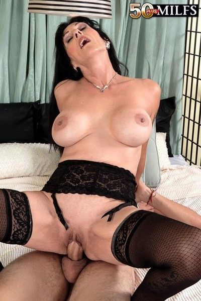 Busty cougar milf moreen helm craving younger cock