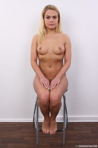 Blonde housewife casting photos