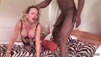 Milf lady sonia having rough sex with black dude