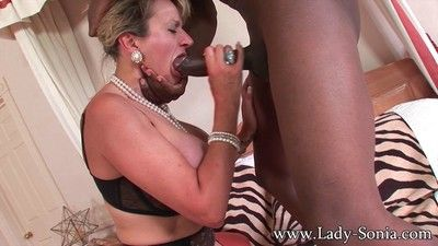 Milf lady sonia having rough sex with black dude