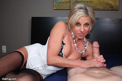 Blond milf whore payton hall milking stiff dick like a pro