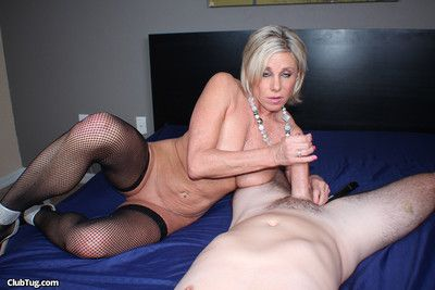 Blond milf whore payton hall milking stiff dick like a pro