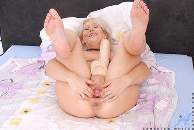 Totally nude milf samantha white masturbates with a giant dildo when her hubby i
