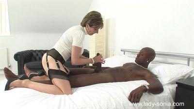 Milf lady sonia milking a huge black bull cock