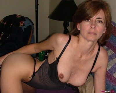 Mix of real milf pics with anal fucking