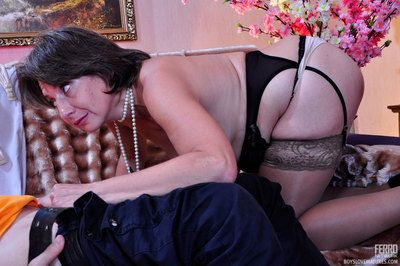 Lusting for younger boys mommy goes hardcore with a spunky next-door guy