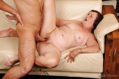 Fatty granny Eve Tickler ass licking and stretching her wet hole