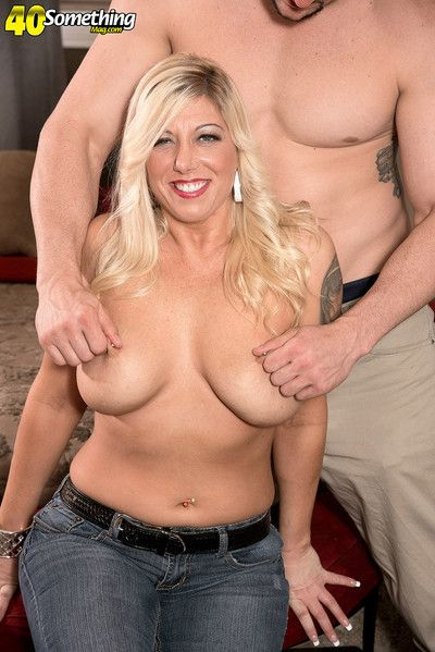 Busty milf lady loves being fucked
