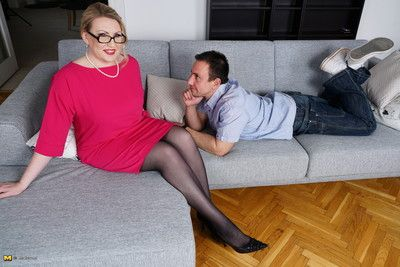 This curvy mature lady loves her toy boy
