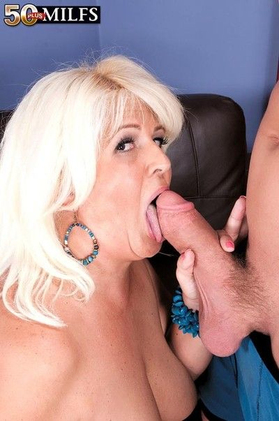 Horny busty milf slut lori suarez craving stiff dick for her pus