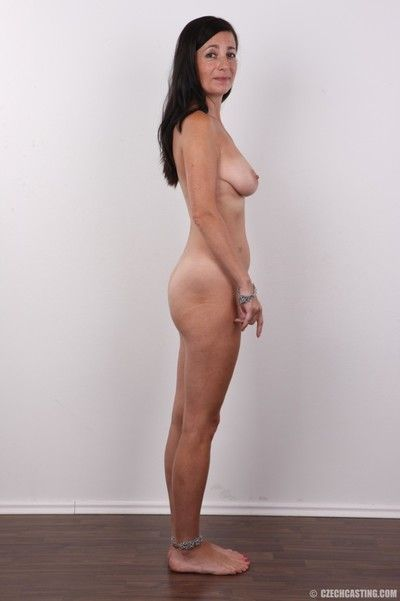 Mature brunette poses nude in these casting pics