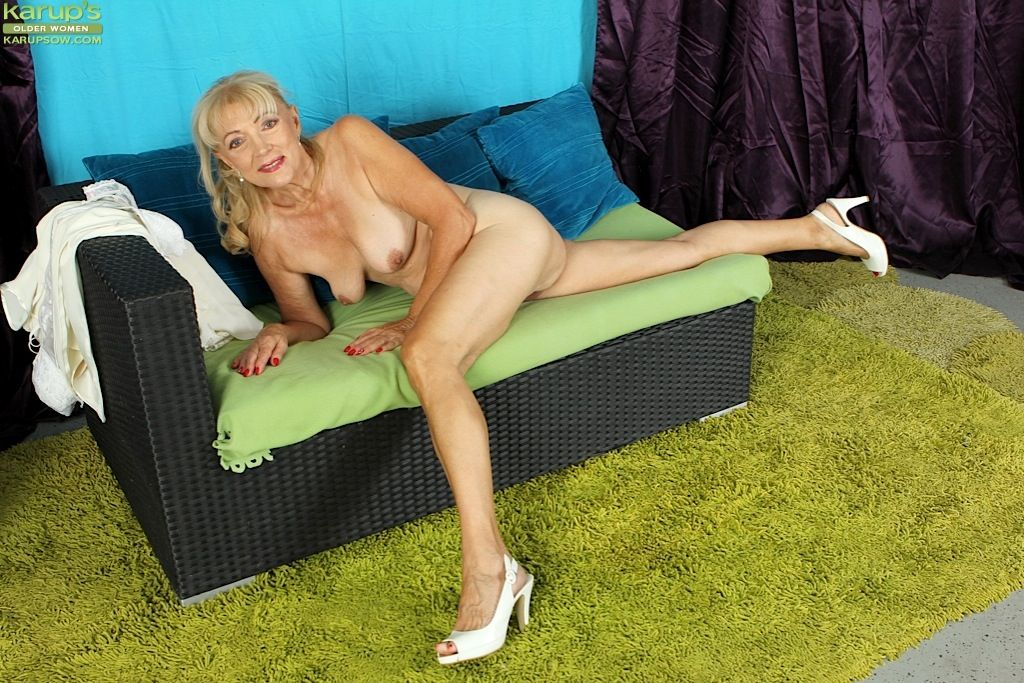 Really enjoy Cock lesley undressing luv