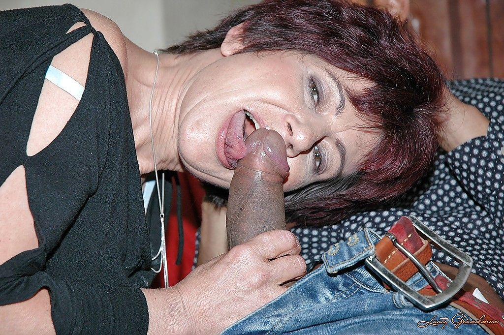 will hot foot fetish cumshot on busty milfs legs what time?