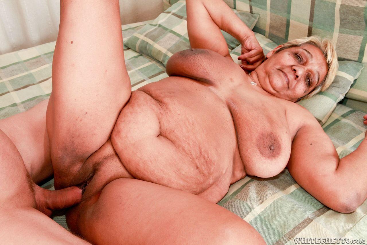 Порно фильмы пожилые толстые онлайн