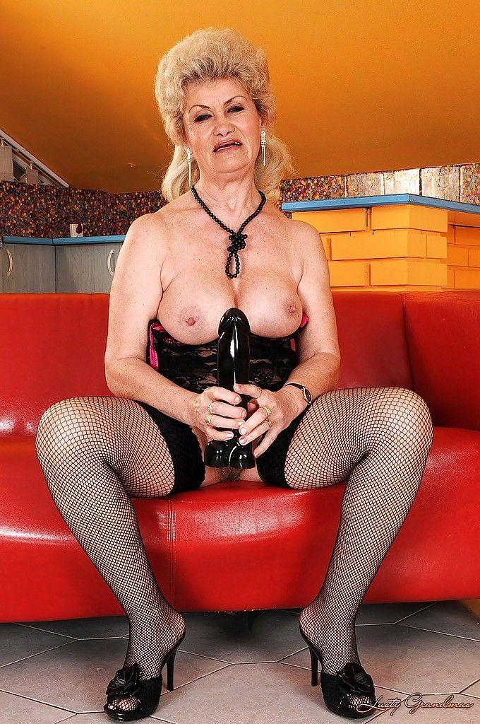 Large busty brunette women woman pics photo