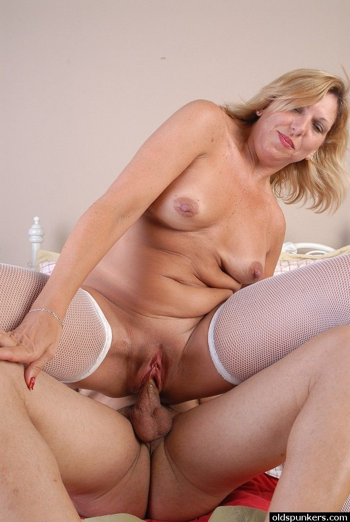 mature women sex tube