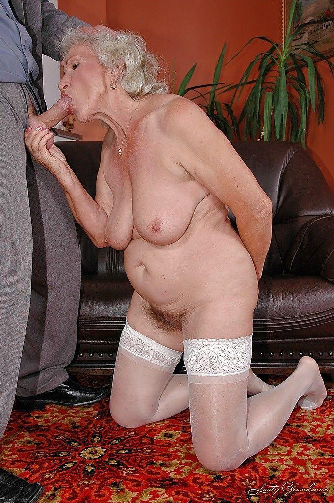 Порно фото старушек 22109 фотография