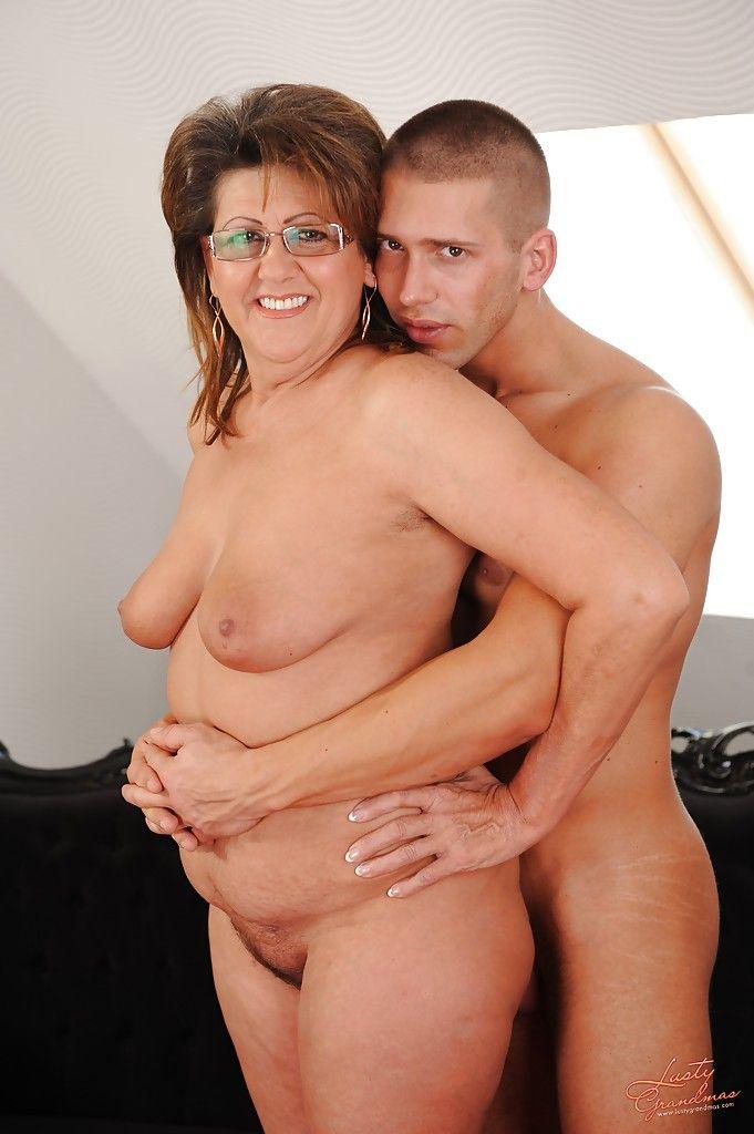 Chubby granny sex