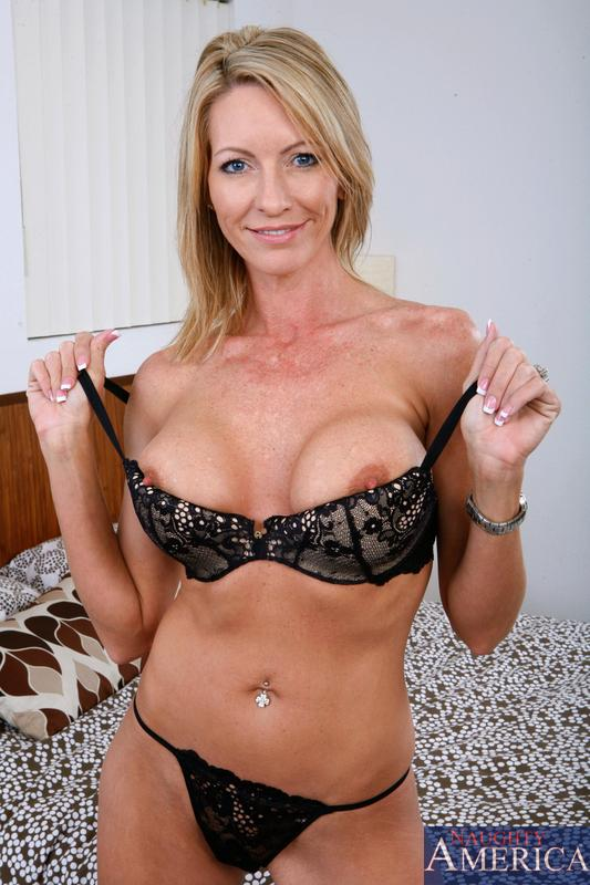 Nackt Jennifer Starr  Jennifer Starr