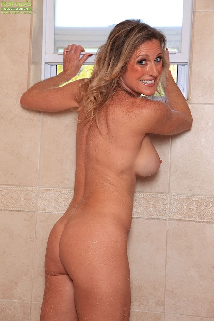naked wife pasted out
