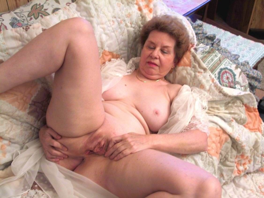 Free naked wife video clips