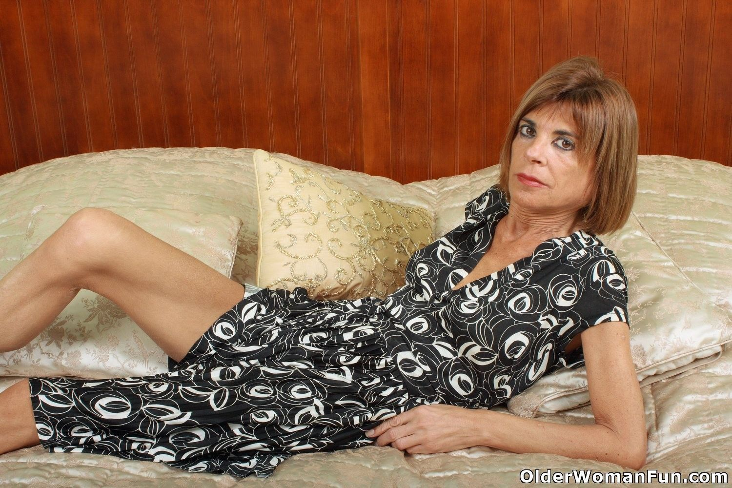 Skinny grandmother maria spreads her legs at Granny Sex Pics