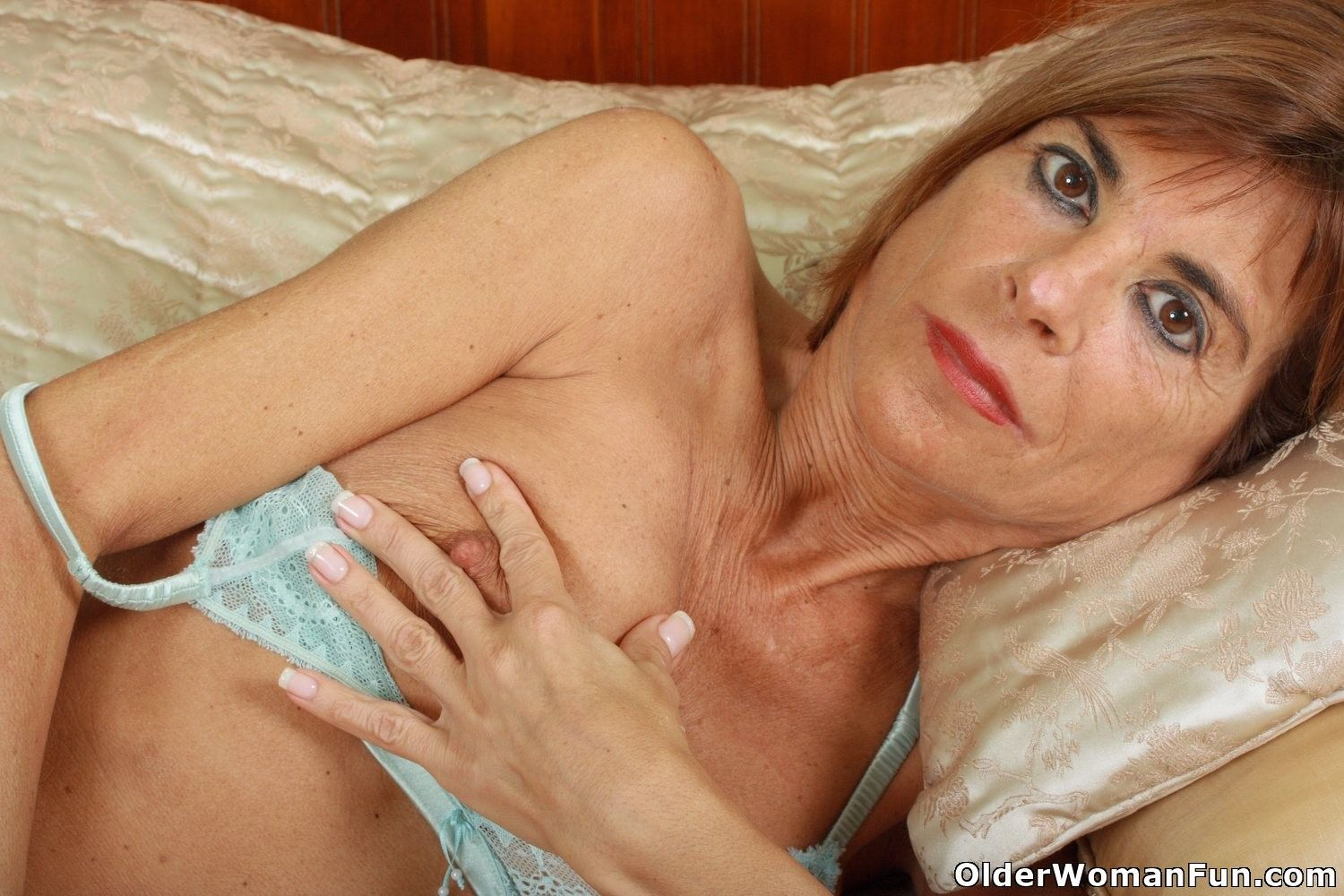 Agood Porn with mature recognize her