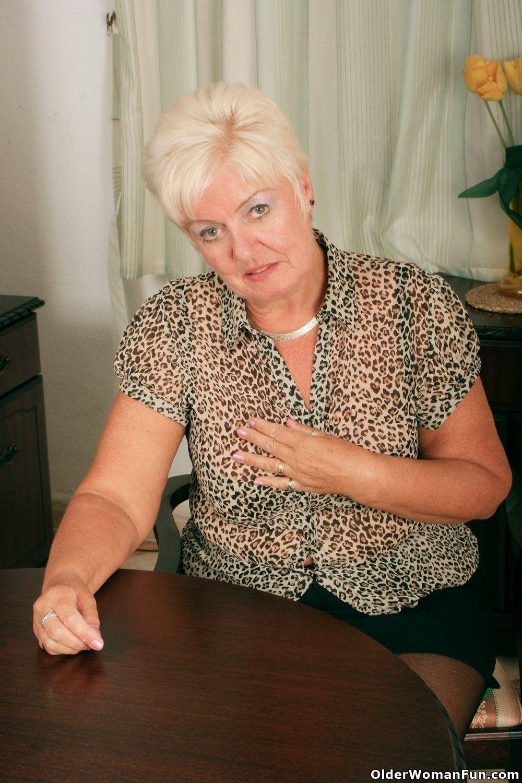 Highly sexed grandma sandie rubs her pierced clit 2