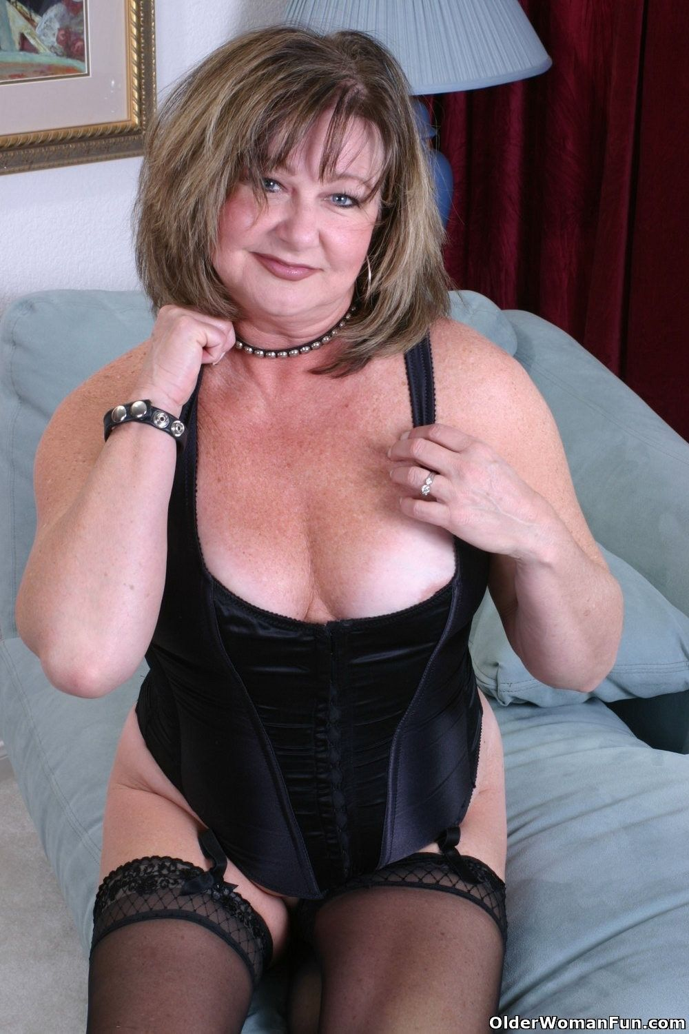 Milf gilly from the uk teases us with her big tits - 2 part 7