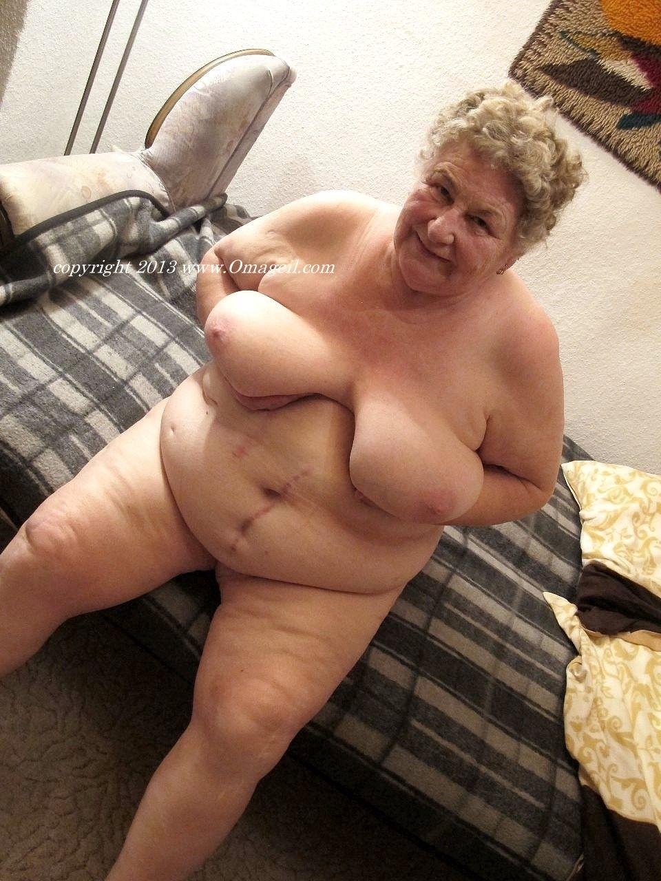 Busty mature women naked ready help